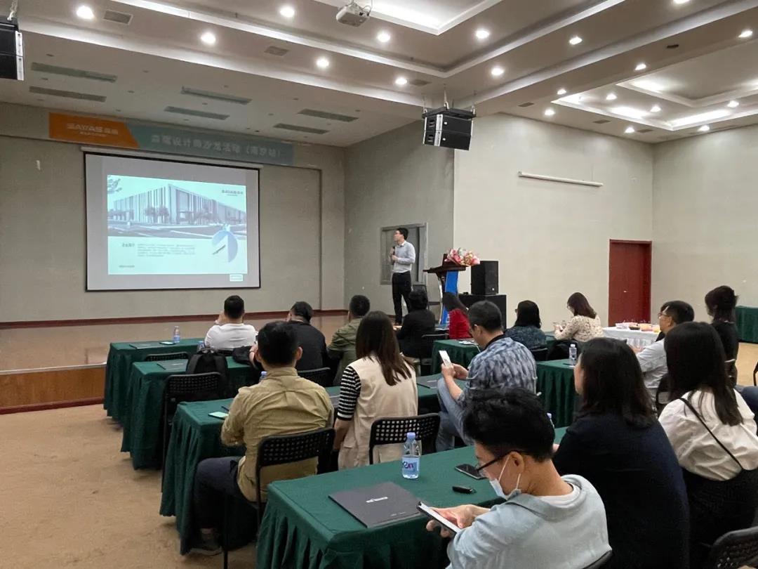 Master Talk about the Philosophy of Door Windows in Design